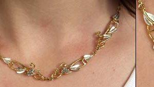 Long leaf necklace GS