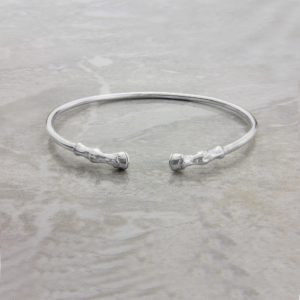 horse hooves bangle ss