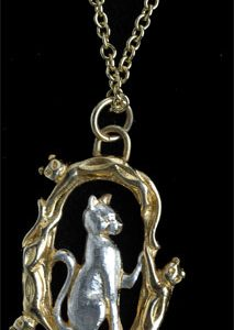Sitting Cat pendant GS