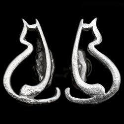 Turing Cat Earrings SS