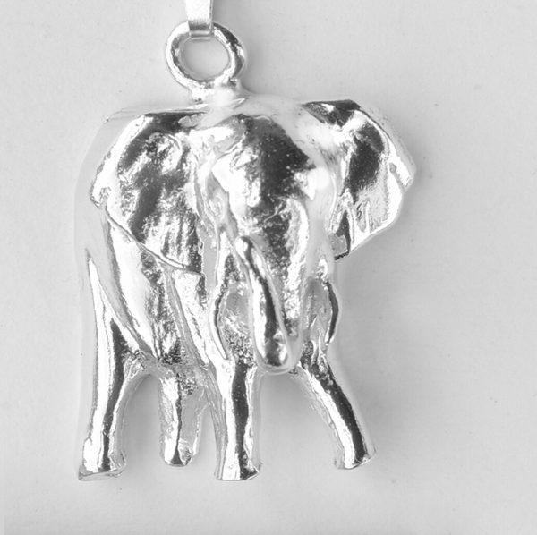 elephant pendant SS 2