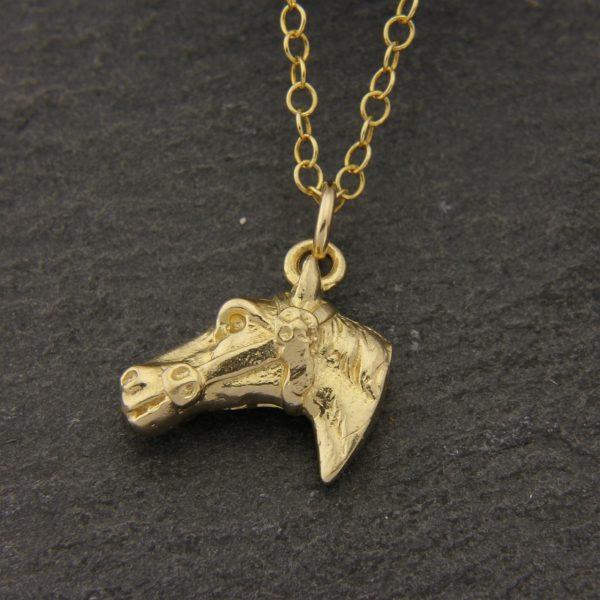 horse head pendant g