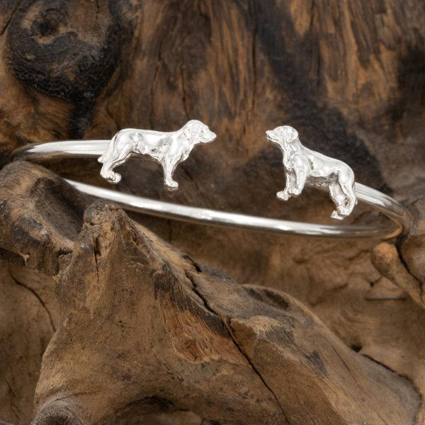open silver labrador bangle by Simon Kemp with dogs facing each other at each end.