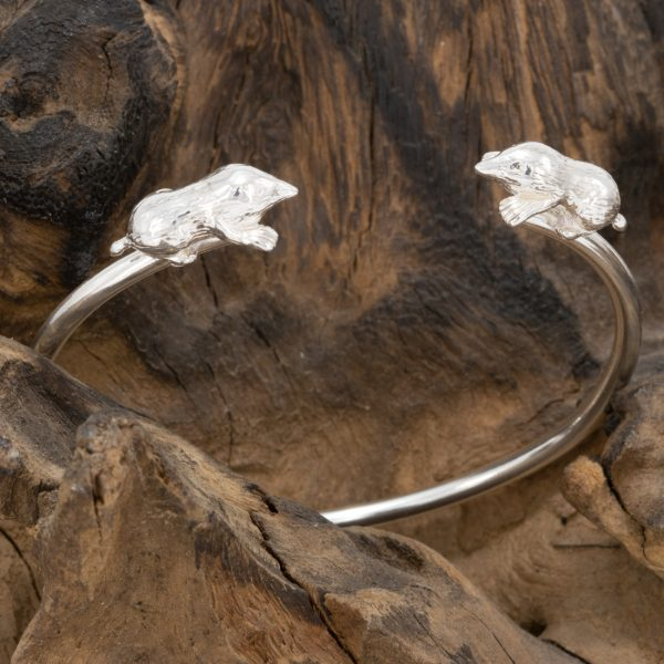 Mole Bangle by Simon Kemp